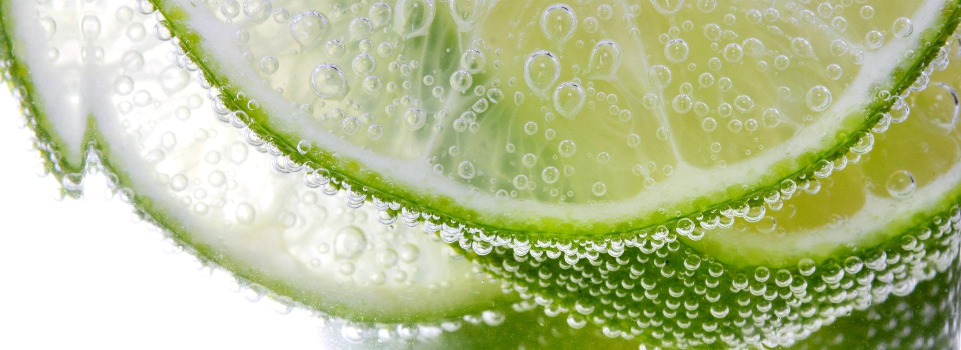 slide-limone-macro-verde
